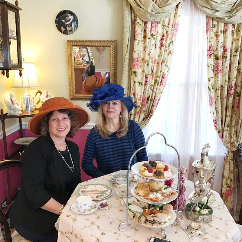 When I need to meet with the Mayor of Kildeer, Nandia Black, we do it in style--over high tea!