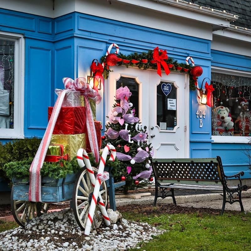 A festive holiday scene awaits in Long Grove!