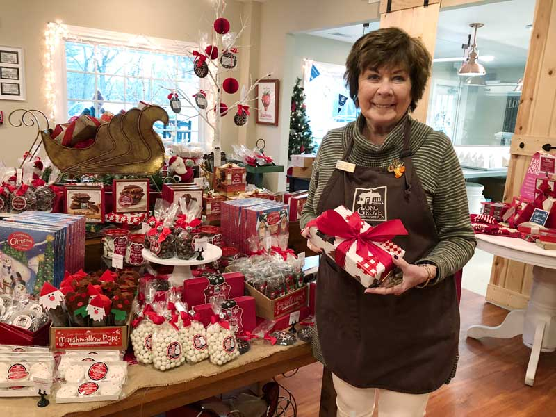 Judy, at the Long Grove Confectionery, who cheerfully wrapped my grab bag gift for the Bunco Party.